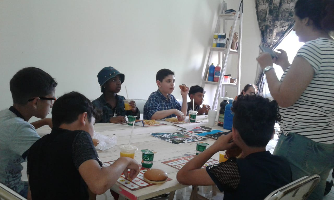 On occasion to the world refugee day: drawing workshop for kids in Tanger – Photogallery