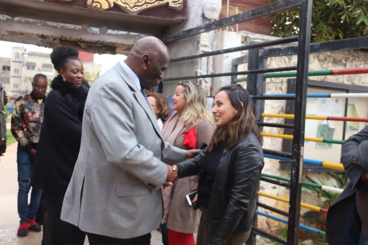 L'Ambassadeur de la République démocratique du Congo au Maroc au vernissage de l'exposition-vente «DESTINS CROISES».